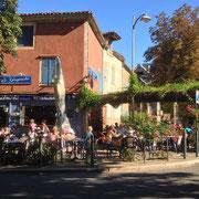 Saint Antonin Noble Val (82), Terrasse du café-brasserie le Gaspacho