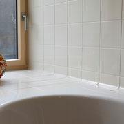 Einzigartiges Badezimmer aus einem Guss von peterkeramik Uebeschi bei Thun