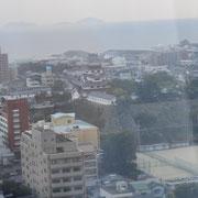 ホテルからの眺め / 今治城と瀬戸内海