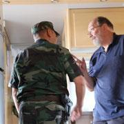 Zollbesuch beim Grenzübertritt Kirgistan nach Kasachstan