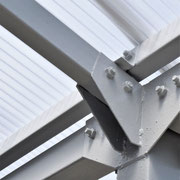③ポリカ解体にタイミングを合わせ防錆塗装。