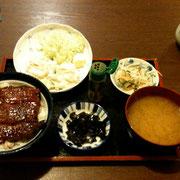 「観音食堂」のうな丼定食