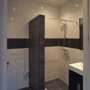 hoekappartement eerste verdieping: badkamer