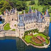 Accompagnateur de voyage personnalisé de groupe-Chateau de la Loire-https://www.facebook.com/richard.mossler