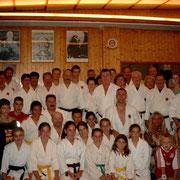 Gruppenfoto im Dojo Loky Ryu, Ibiza