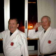 Links: Shihan Wolfgang Schubert, rechts: Shihan Artur Krieger †
