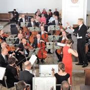 Die Konzertmeisterin Anna Reszniak mit dem Violinkonzert von Sibelius