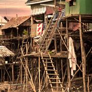 Stelzenhaus in Kampong