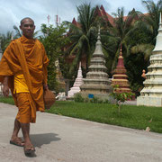 Mönche sieht man hier überall
