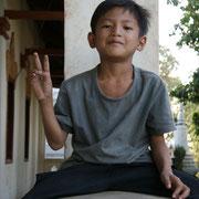Kambodschanischer Junge im Wat Phnom