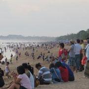 Trubel am Kuta-Beach