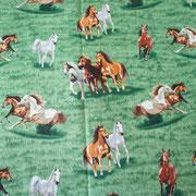 Stofcode A010, groene katoenen stof met paarden