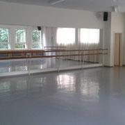 Ballettsaal mit Spiegelwand
