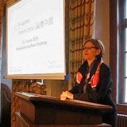 Willkommen im Historischen Rathaus in Freiburg Sabine H. Weber-Loewe, FWTM und China Forum Freiburg