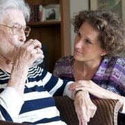 aidant personne âgée