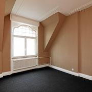 Zimmer neu gestalten / streichen, Teppich legen