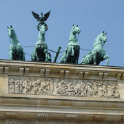 Statue on top of Brandenburg Gate
