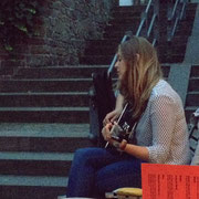 An der Gitarre