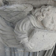 Angelot sculpté
