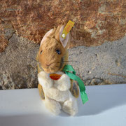 Steiff Hase Cosy Manni, 14 cm hoch. Preis: 12,00 €