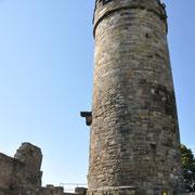Der Bergfried - war leider verschlossen, wir waren zu früh da!