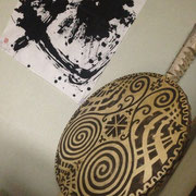 現代に蘇る縄文スピリット。「平和」「持続可能」といった観点からも縄文の暮らしは関心を集めている。