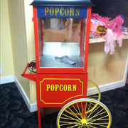 CARNIVAL POP CORN MACHINE