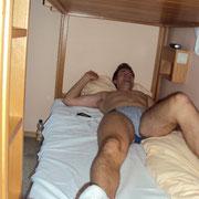 Ungeduschter Bärsch beim Schwazzer im Bett (lecker)