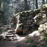 """die """"Heidenmauer"""", jahrtausendealte Keltenmauer oder noch älter..."""