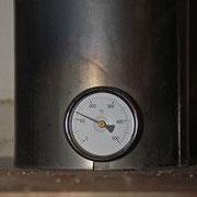 Energie-effizient: eine niedrigere Abgastemperatur bedeutet wenig Abgas-Wärmeverlust und eine hohe Ausbeute an nutzbarer Heizenergie