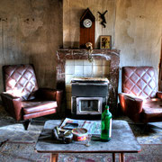 Cobwebbed Maison