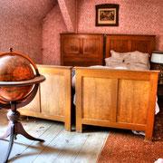 The Globe House (4)