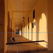 Spiel mit Licht und Schatten in Marokko. Foto: ©Rita Helmholtz