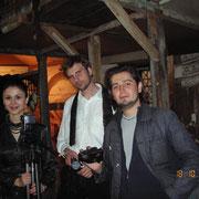 http://georgien.blogspot.de/2009/09/film-pirosmanis-tisch-d-2007-von-stefan.html