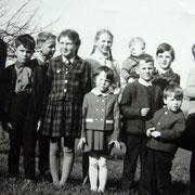 Kinder in Gruab