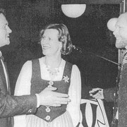 Foto Jagd-Club Bad Nauheim e.V. Jungjägerausbilder von links: Thomas Flor, Petra Philipps-Neubert, Dr. Horst-Dieter Berlich