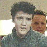 Zeitzeugen berichten über ihr Schlüsselerlebnis mit Elvis in Bad Nauheim: s. www.bad--nauheim.de