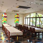 3. レストラン・メインダイニングではおいしいお料理を堪能 ご要望に応じて一品料理もご用意できます