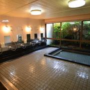 6. 疲れたカラダをリラックス、大浴場・小浴場でお風呂タイム 近くにはクアハウス湯ノ山もあります。