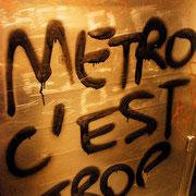 Zuviel ist zufiel | Metro, Paris