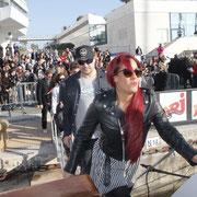 Arrivée d'Amel Bent , sur le bateau NRJ à Cannes © Anik COUBLE