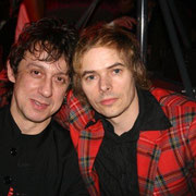 "Eric Serra et un membre du groupe ""The Servant"" à l'After des NRJ Music Awards 2005 © Anik COUBLE"