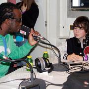 Youssoupha et Alan  à l'antenne, sur  le  bateau NRJ à Cannes © Anik COUBLE