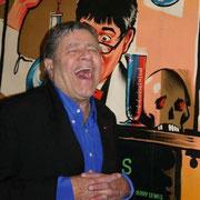 Jerry Lewis devant  l'affiche de Dr Jekyll en Mr Hyde / Photo : Anik Couble
