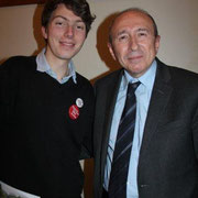 Gérard COLLOMB, Sénateur-Maire de Lyon et Arthur EMPEREUR, animateur Web / Photo : Anik Couble