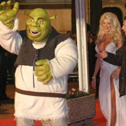 Shrek  et Victoria Silvstedt - NRJ Music Awards 2005 © Anik COUBLE