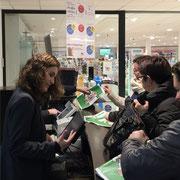 jeudi 15 janvier au Leclerc du Relecq-Kerhuon... 32 Charlie Hebdo... insuffisant pour satisfaire tout le monde