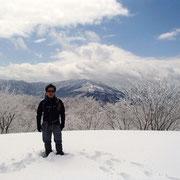 背景は武奈ヶ岳