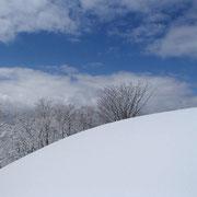 山頂付近の雪景色