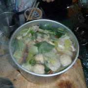 野菜たっぷり豚肉と、肉団子なべ